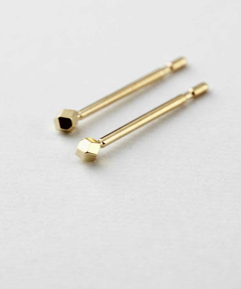 ピナコテーカ 686 ミニ ビッツ バックキャッチ 華奢ピアス 18金,pinacoteca Mini Gold Bits Stud Earrings K18